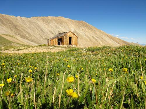 Cabin Near Hilltop Mine