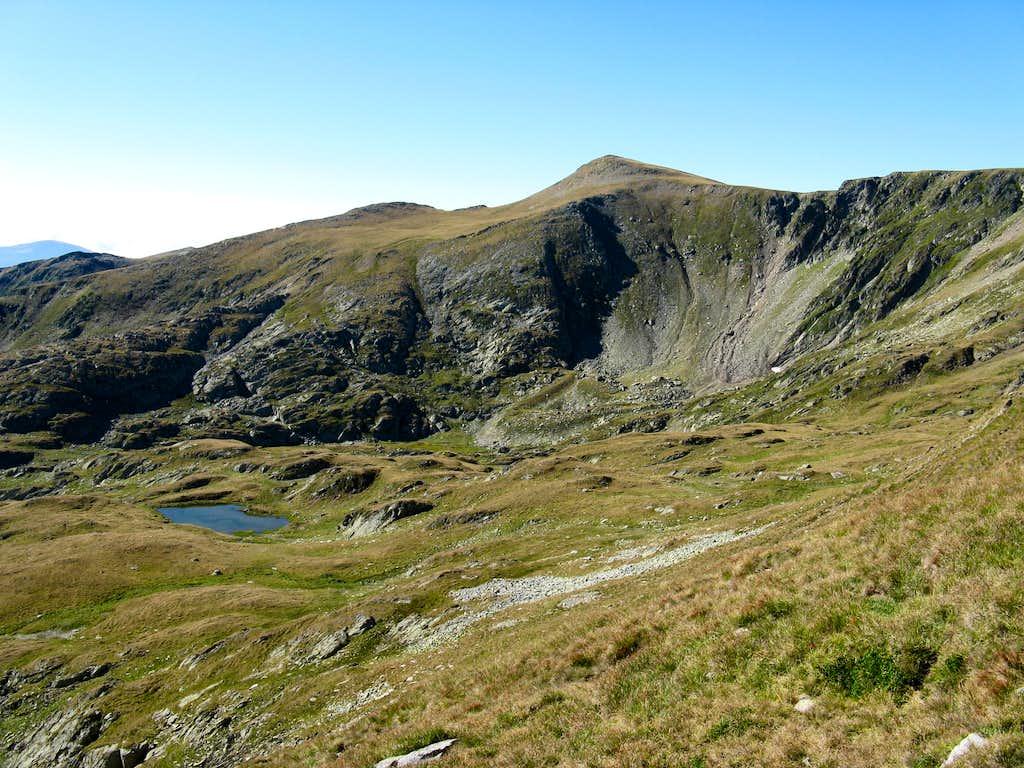 Musetescu summit and Mioarelor lake