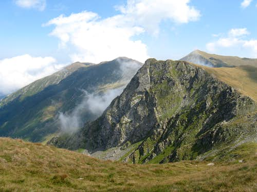 Coltul Balaceni peak (2286m)