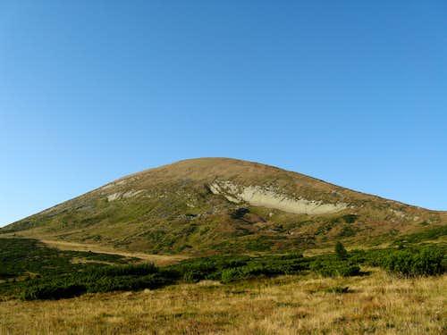 Hoverla peak (2061m)
