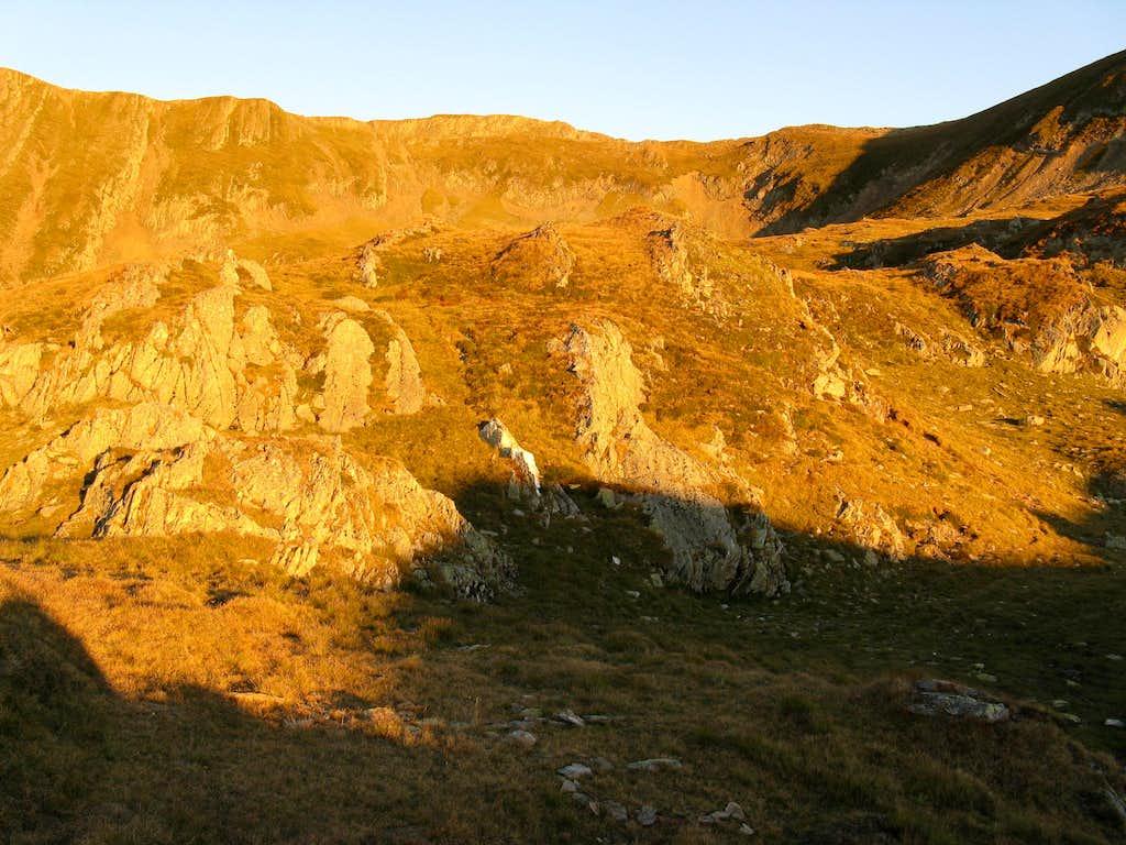 Hârtopu massif (2506m)