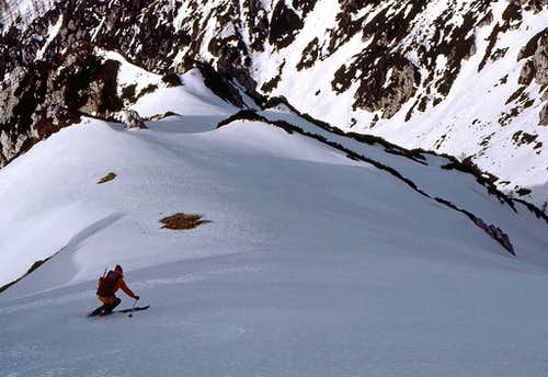 Skiing over the steep...