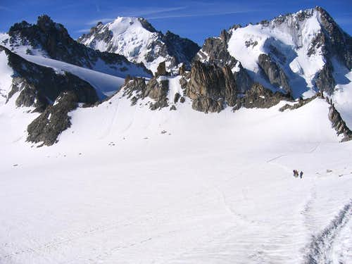 Descending to Col Superieur du Tour from Aiguille du Tour
