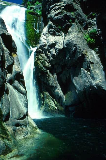 Silver Spray Falls Tehipite Valley