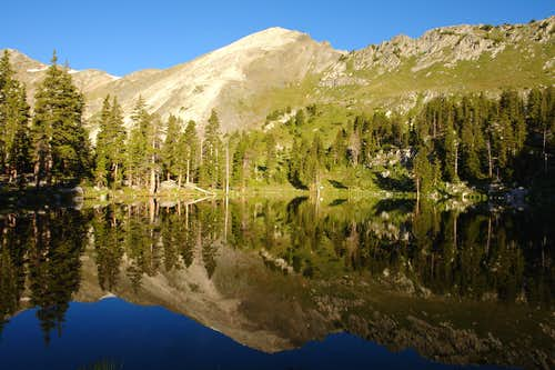 Medio Truchas Peak reflected in Truchas Lake