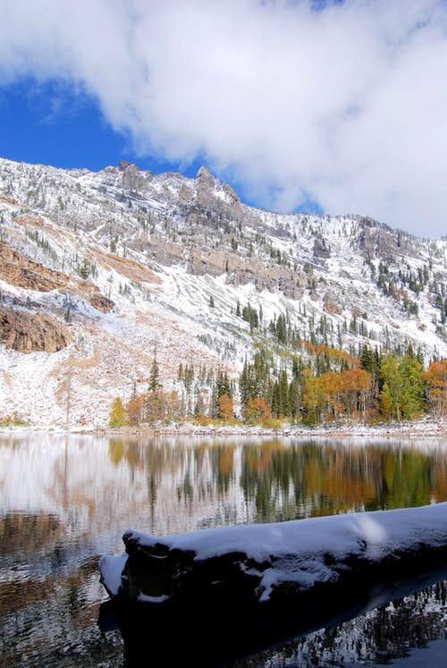 Pittsburg Lake Autumn Snow