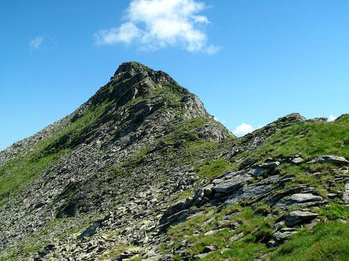 Looking back up to the Zittrauer Tisch (2463m)