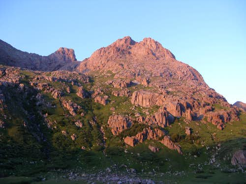 Monitor Peak sunset alpenglow
