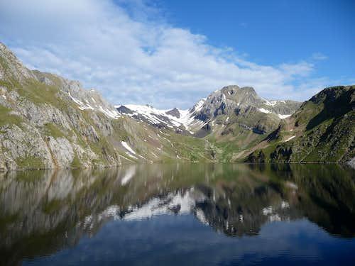 Vallibierna Reflected in Estany de Llauset