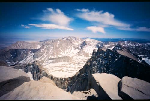 Wide Angle Pinhole shot of Keeler Needle & Day Needle