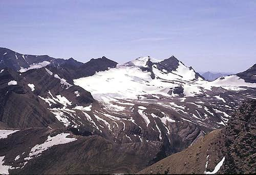 Gunsight Mountain and the Sperry Glacier Basin from the north