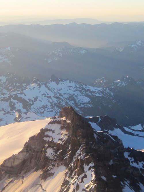 Little Tahoma from the top of Disappointment Cleaver