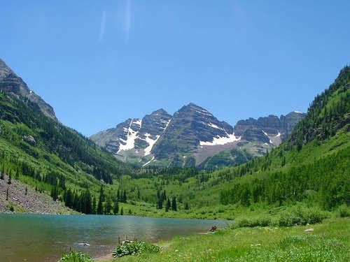 Maroon Bells in their Mid-day Brilliance