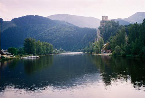 Váh river and Strečno historic castle (Little Fatra - Slovakia)