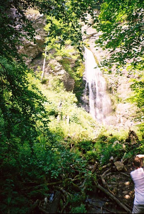 The most beautifull waterfall in Little Fatra is called Šútovský