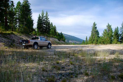 Koch Trailhead Parking