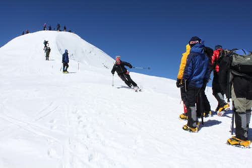 Elbrus Ski Descent