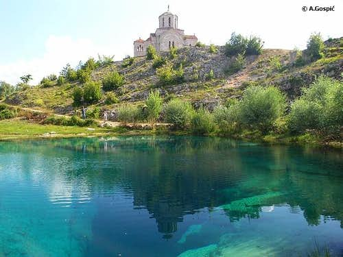Source of Cetina river is...