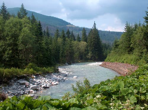 Stormy hike in Bielovodská Dolina