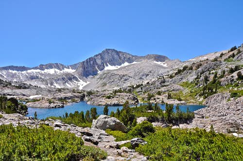 Saddlebag Lake Loop Trail