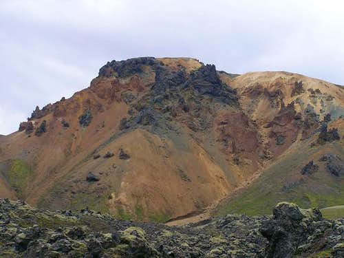 Rhyolitic mountain on the...