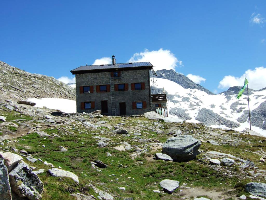 Gran Pilastro hut / Hochfeiler Hütte