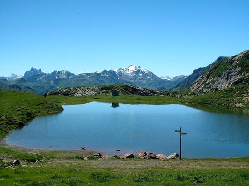 Lake Monzabon with Patteriol (3056m) and Kaltenberg (2896m)