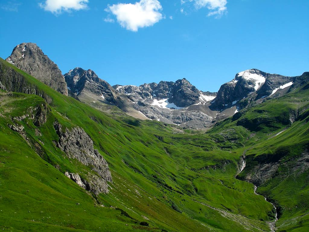 View from the trail leading from the Stuttgart hut down to Zürs