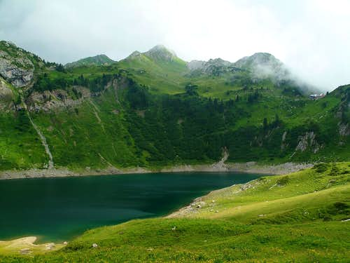Lake Formarin with Freiburg hut