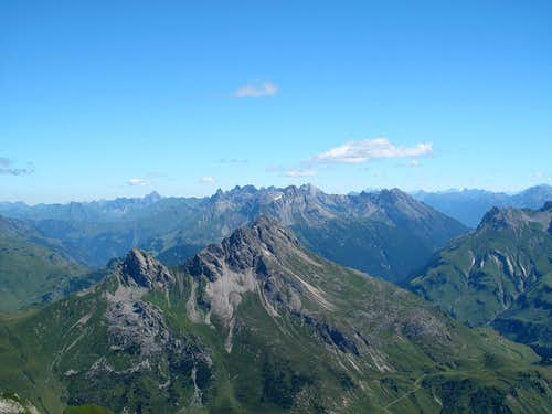 Another shot of the view to the north east from the Mohnenfluh's summit
