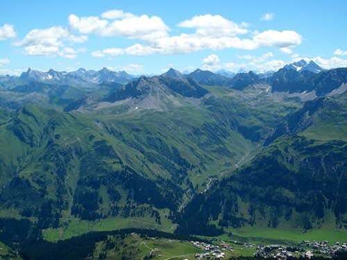 View from the summit of Mohnenfluh (2544m) to the east