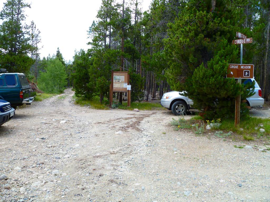 Emmaline Lake/Mummy Pass Trailhead