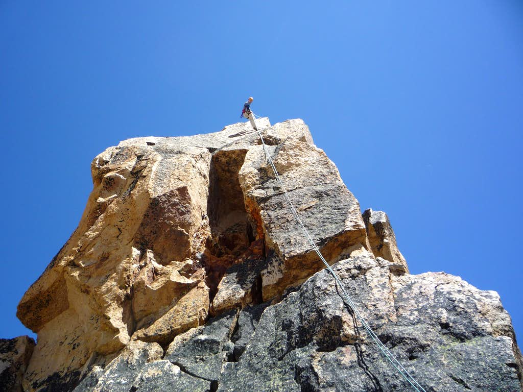 Rappin off the summit block