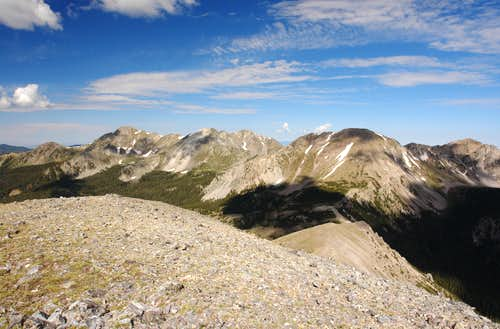 Chimayosos Peak: summit view west