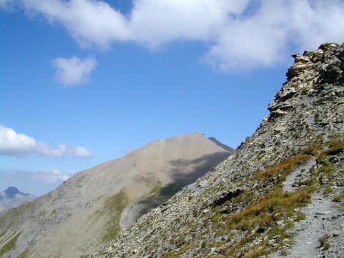 The Albrist summit (2761m) seen from the Seewlenfluh