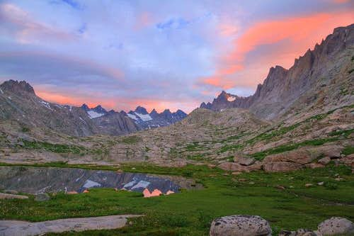 Sunrise in Titcomb Basin 1