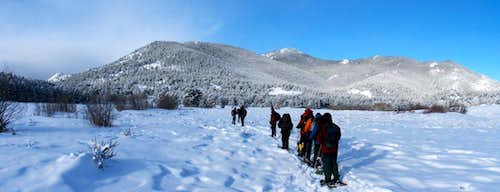 Snowshoeing to Beaver Mountain