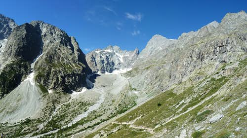 Barre des Ecrins South Face