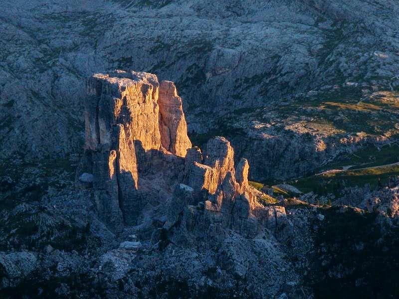 Beaufitul sunset at Cinque Torri