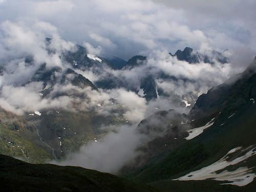 Mounts and Clouds - Wandering in the Schober Group
