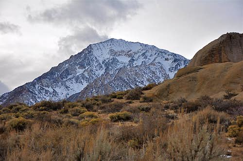 Mt.Tom seen from The Buttermilks