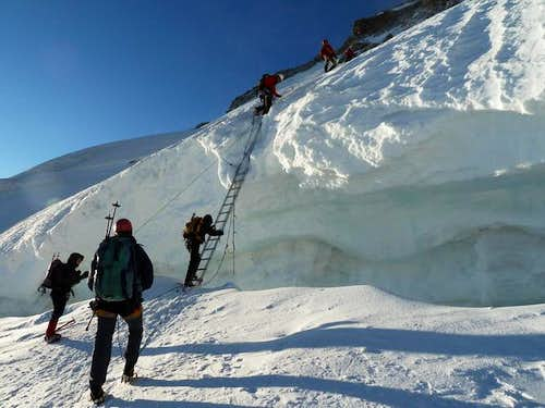 Ladder - Crossing a big crevasse