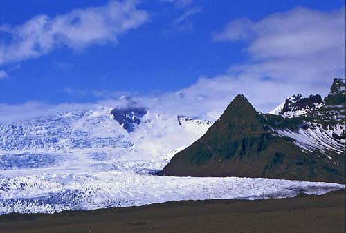 Vatnajoekull glacier and...