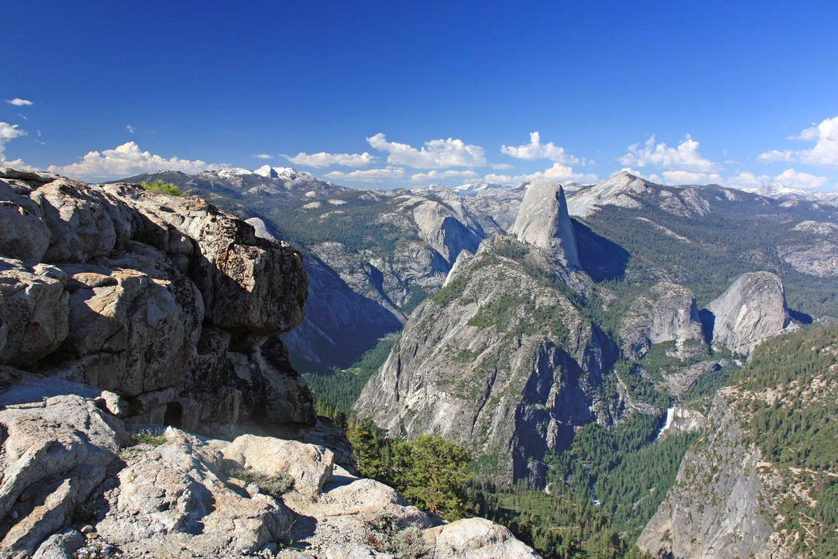 View of Yosemite from Illilouette Ridge