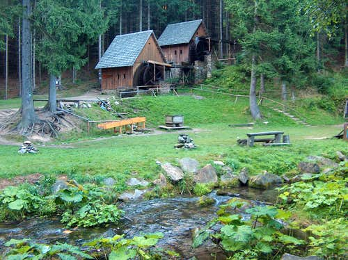 Zlaté Hory goldmining watermill