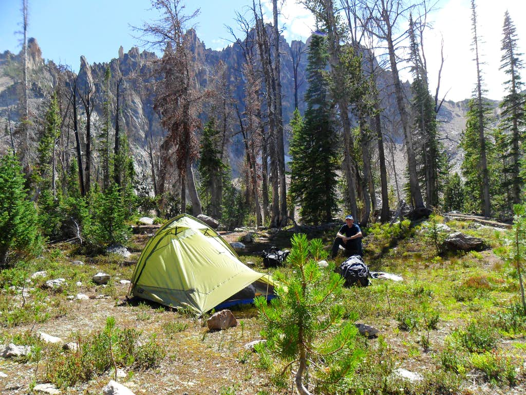 Bench lake camp
