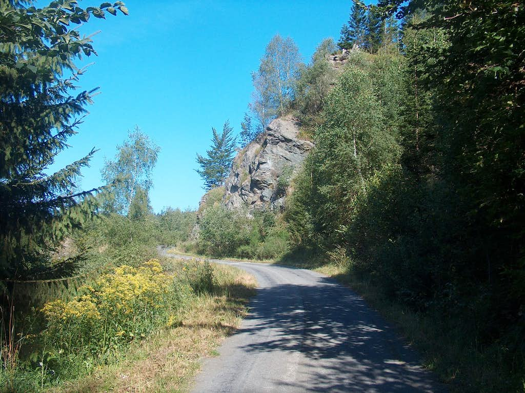 Rocky outcrop under the top