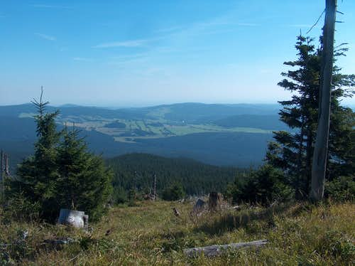 East view from the top. We could slightly see the Carpathians far in the distance