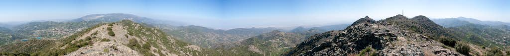 360° summit panorama from the Adelfoi west summit