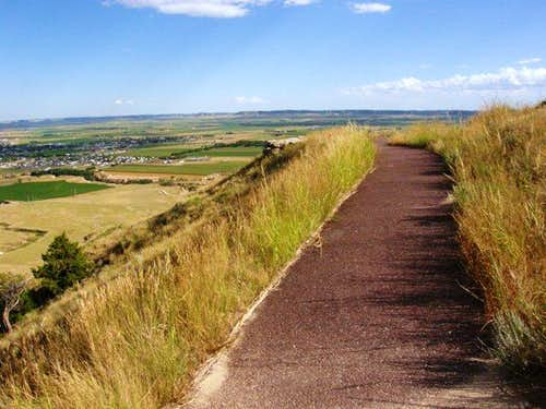 Scotts Bluff Trail